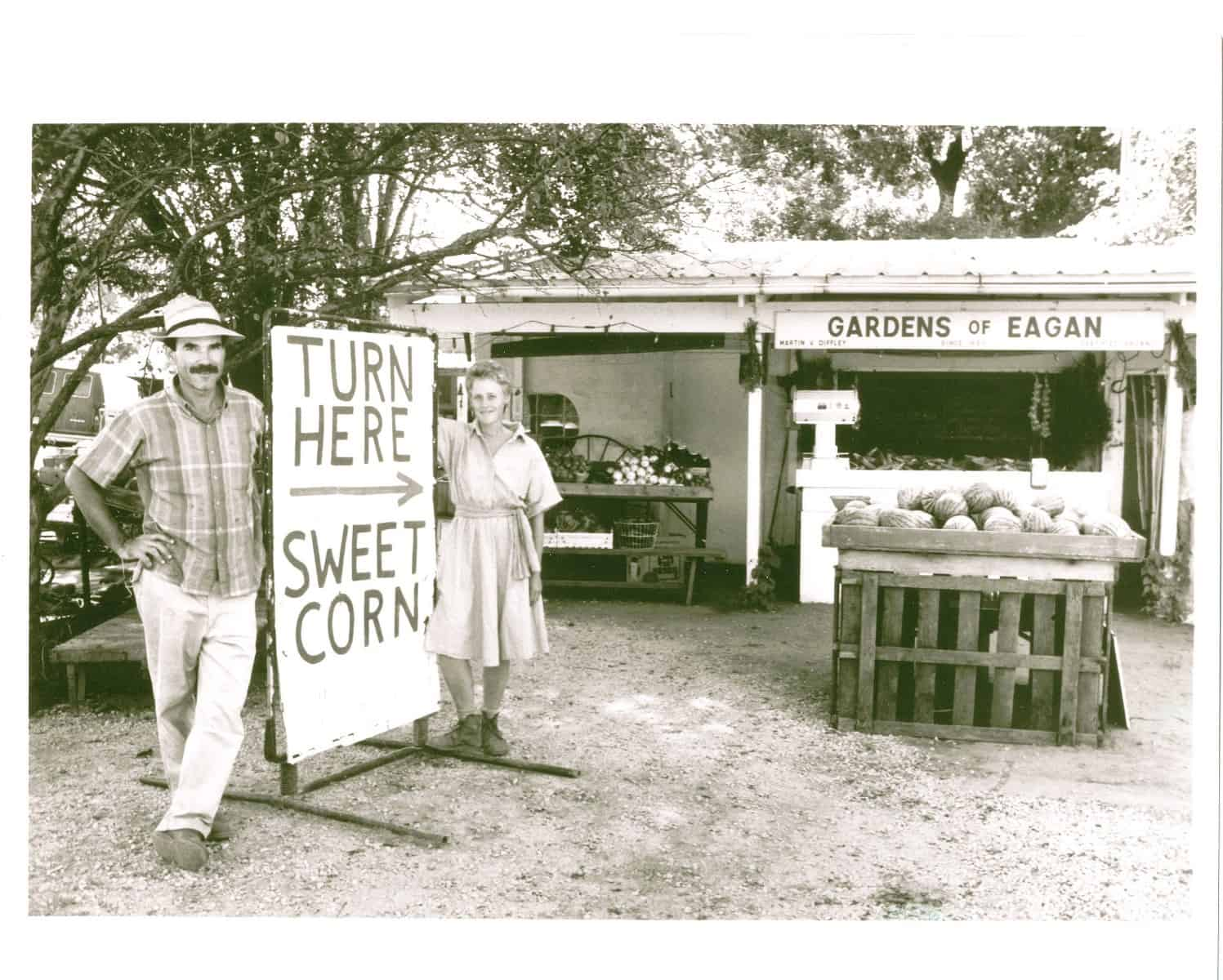 Turn Here Sweet Corn Sign With Atina And Martin Diffley